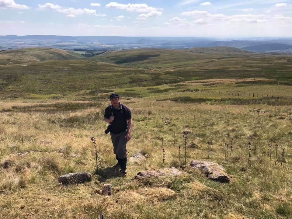 Halifax NR126 – Wether Cairn